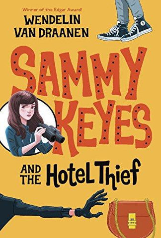 Sammy Keyes and the Hotel Thief by Wendelin Van Draanen (Paperback)