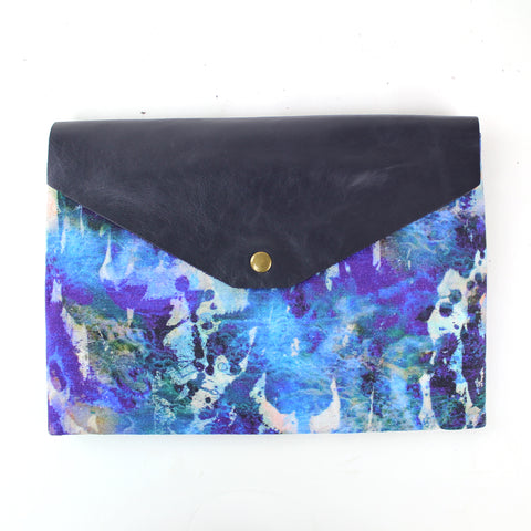 Alvida Large Clutch Bag with Removable Strap