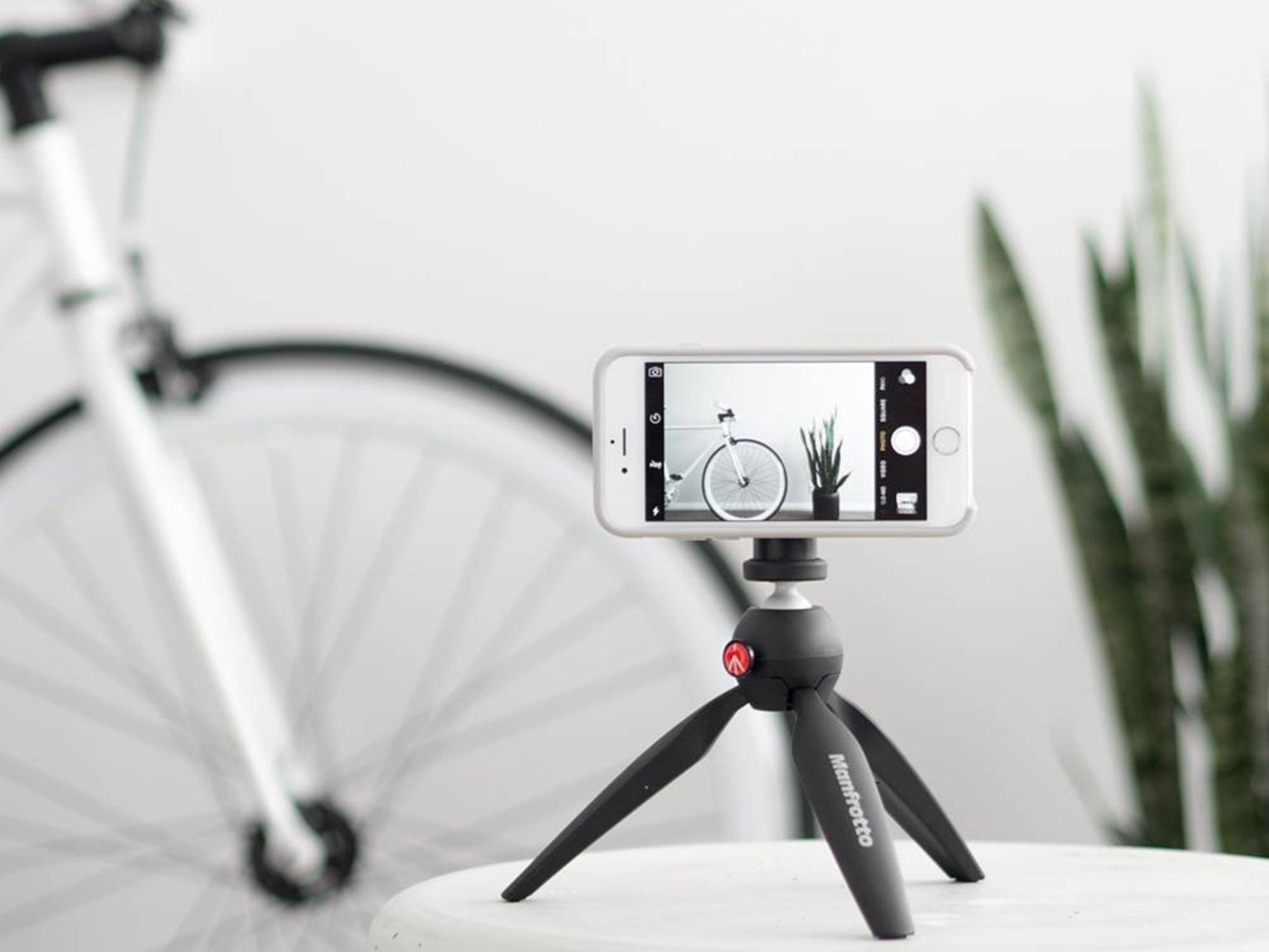 competitive price 8aceb 26d21 iPhone Tripod Mount