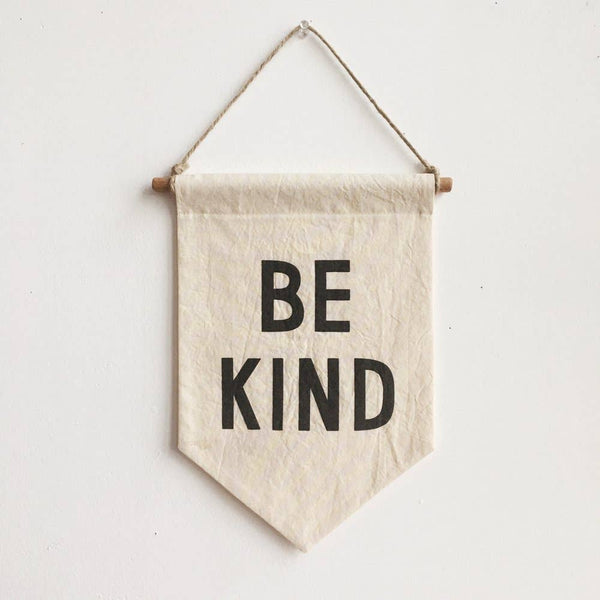 Secret Holiday - BE KIND Banner / small, natural