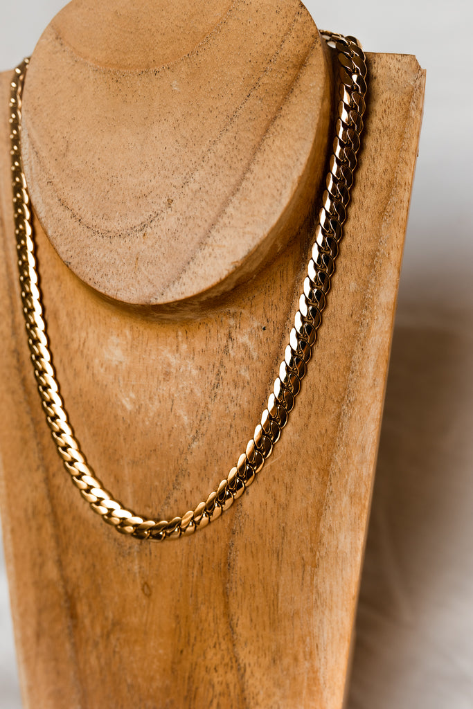 18K Classic Flattened Chain Necklace
