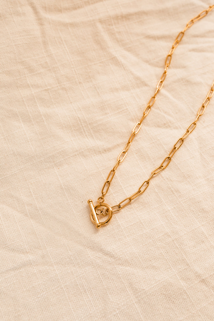 18K Lariat Chain Necklace