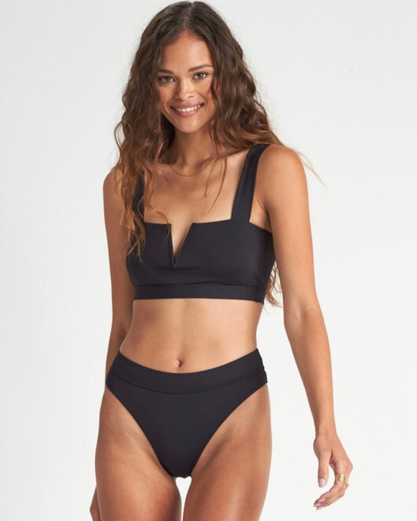Sol Searcher Billabong Tank Bikini Set