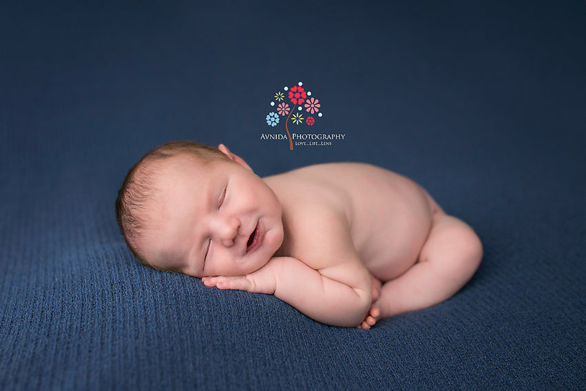 Infant photography taco pose