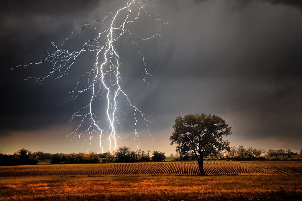 How to Take Photos of Lightning