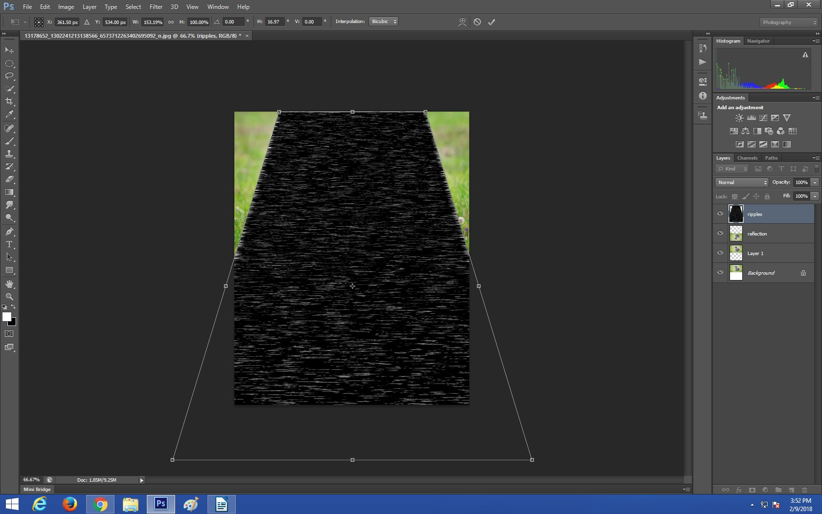 Slightly adjusting an image perspective in Photoshop