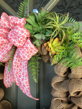 Load image into Gallery viewer, Burlap wreath with artificial succulents and ferns