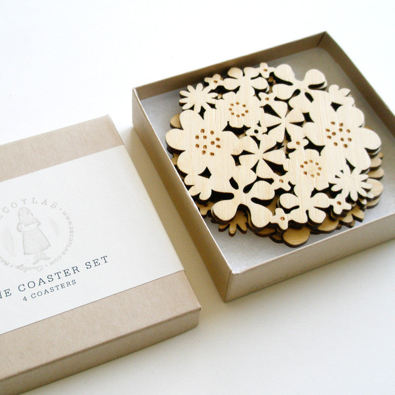 Flower coasters in Bamboo