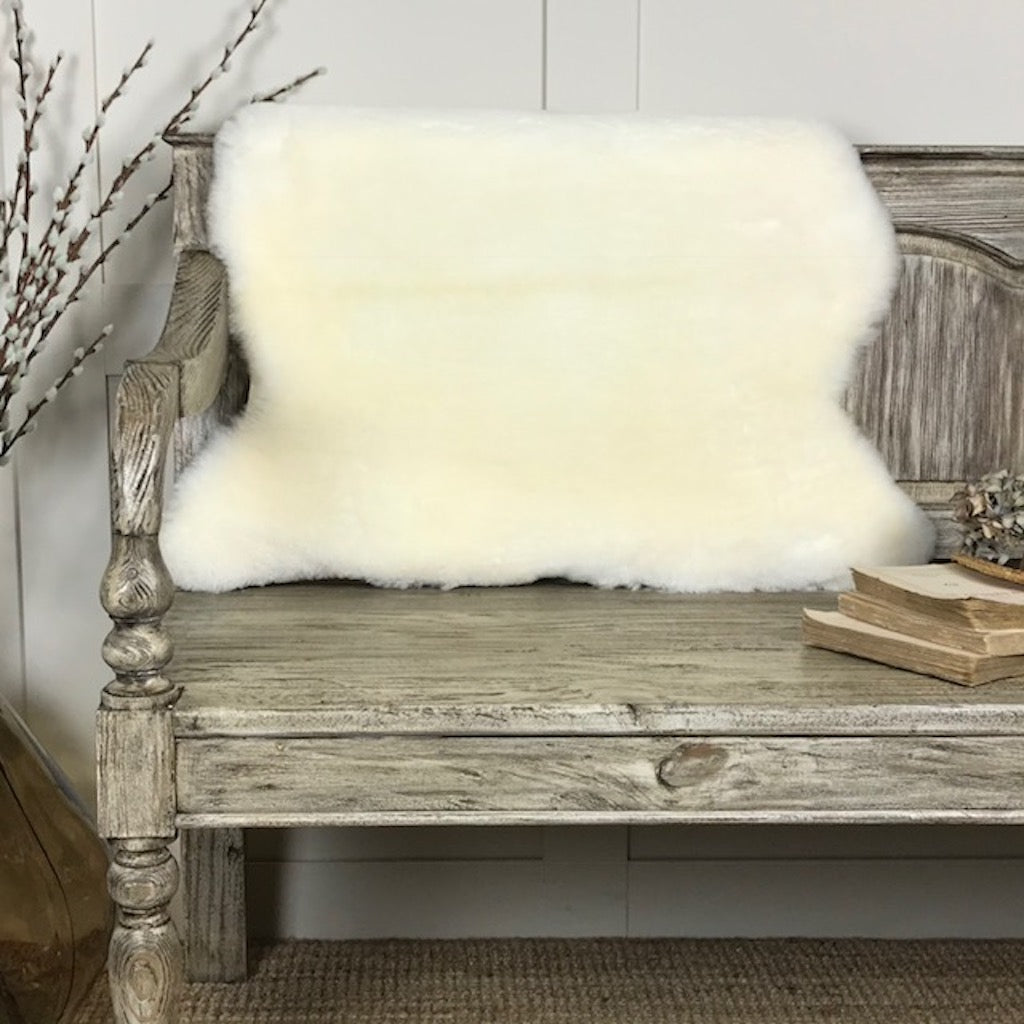 Luxury Ivory Shearling Sheepskin Rugs