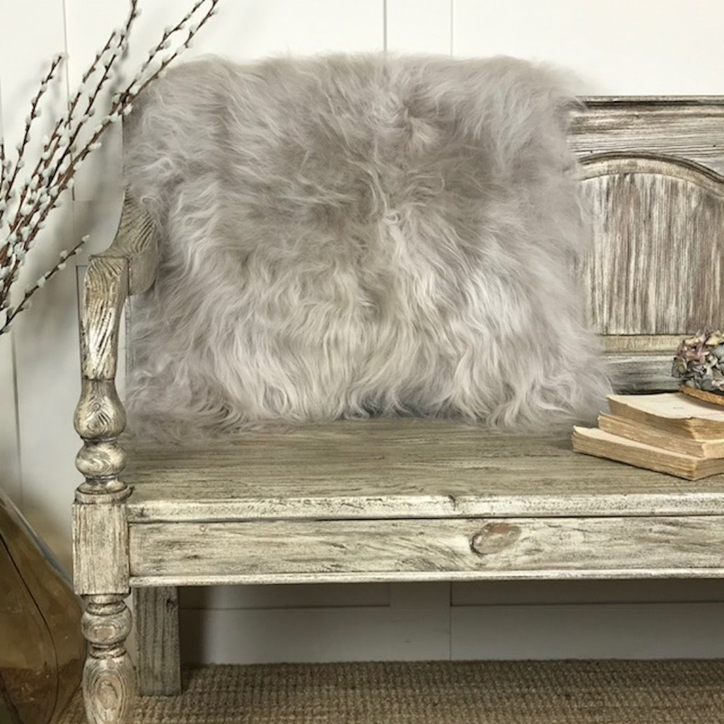 HAnlin Finest Icelandic Long Wool Sheepskin Linen