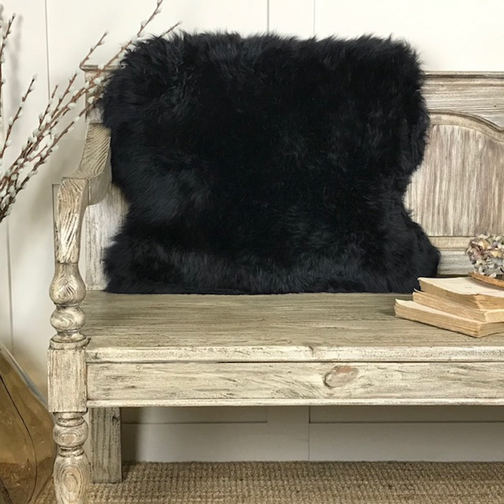 Hanlin Luxury Black Sheepskin Rugs