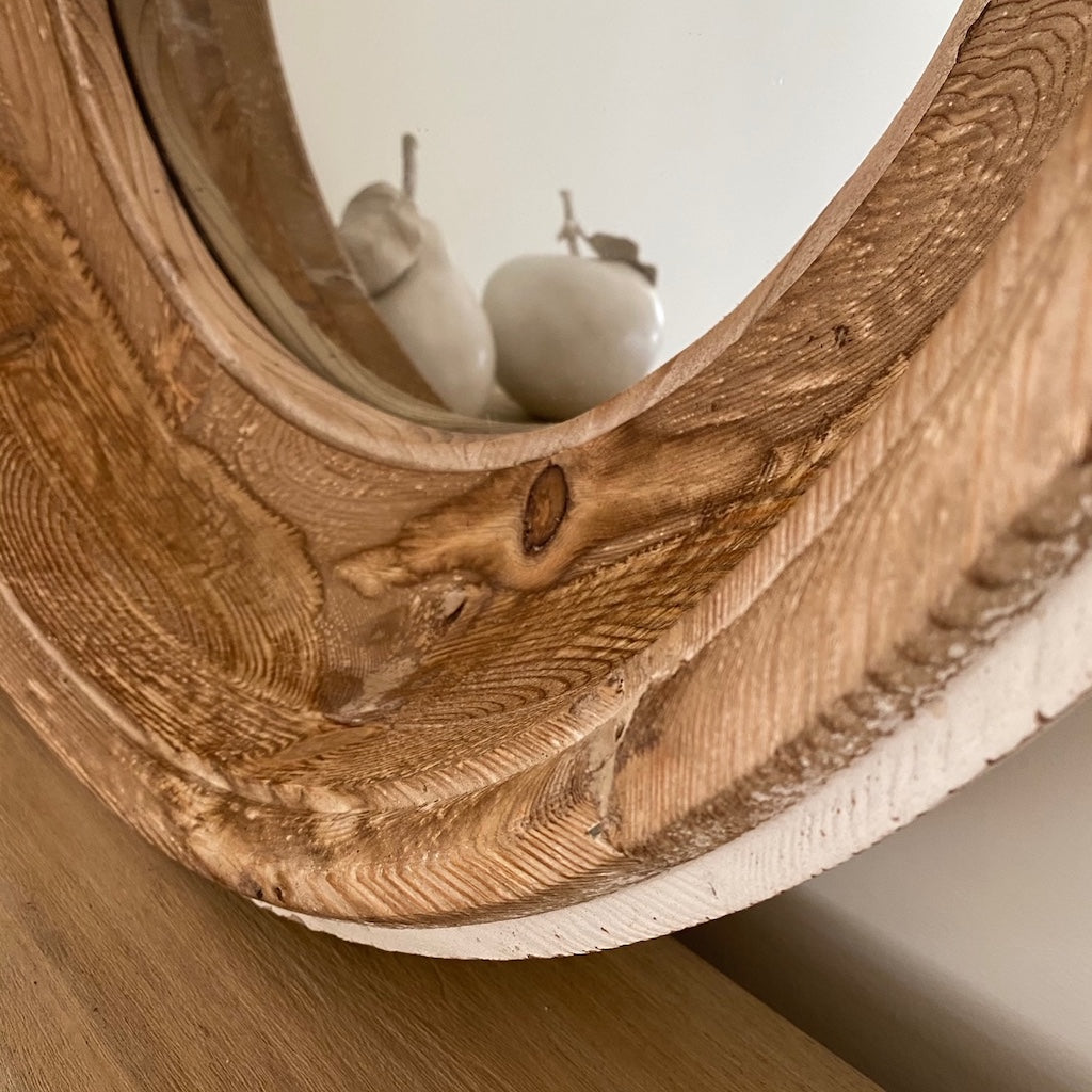 Chunky Wood Round Mirror Distressed Paint Detail