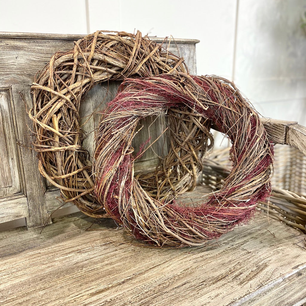 Traditional Style Natural Christmas Wreath