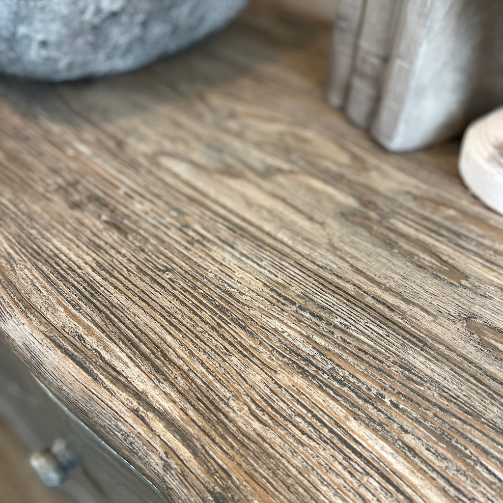 Antiqued White Wash Classic Urn Table Lamp