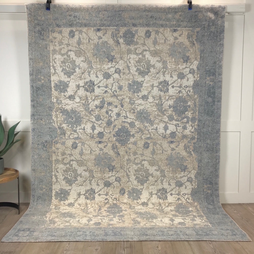 Woven Persia Silver Patterned Smooth Rug