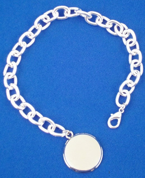 Sterling Silver Plated Bracelet with Round Pendant