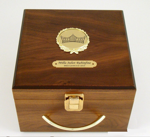 Walnut Crown Box S3L
