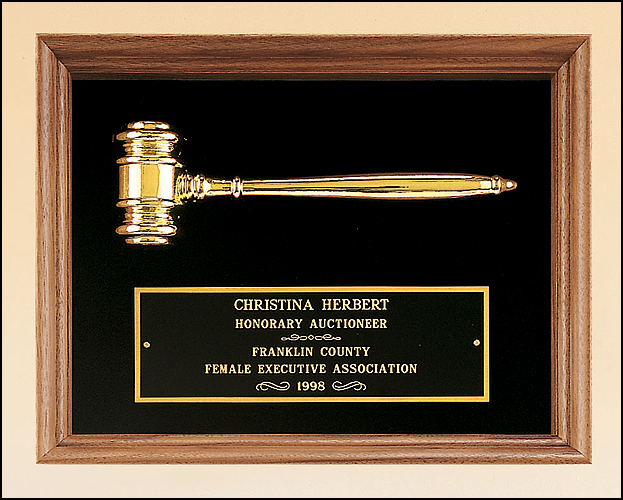 Gavel Plaque Walnut with Gold Metal Gavel