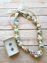 Load image into Gallery viewer, Organic Wild Berries Fabric Teething Statement Necklace by Wee Kings
