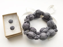 Load image into Gallery viewer, Kohl Vines Fabric Teething Nursing Necklace by Wee Kings