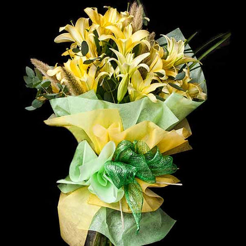 Shop online for Bouquets of different varieties of Liliums or Lilies such  us Yelloween, Siberia, Indiana, Longiflorum 'White Heaven'. Delivers in the Philippines! Sending flowers to your loved ones made easy!