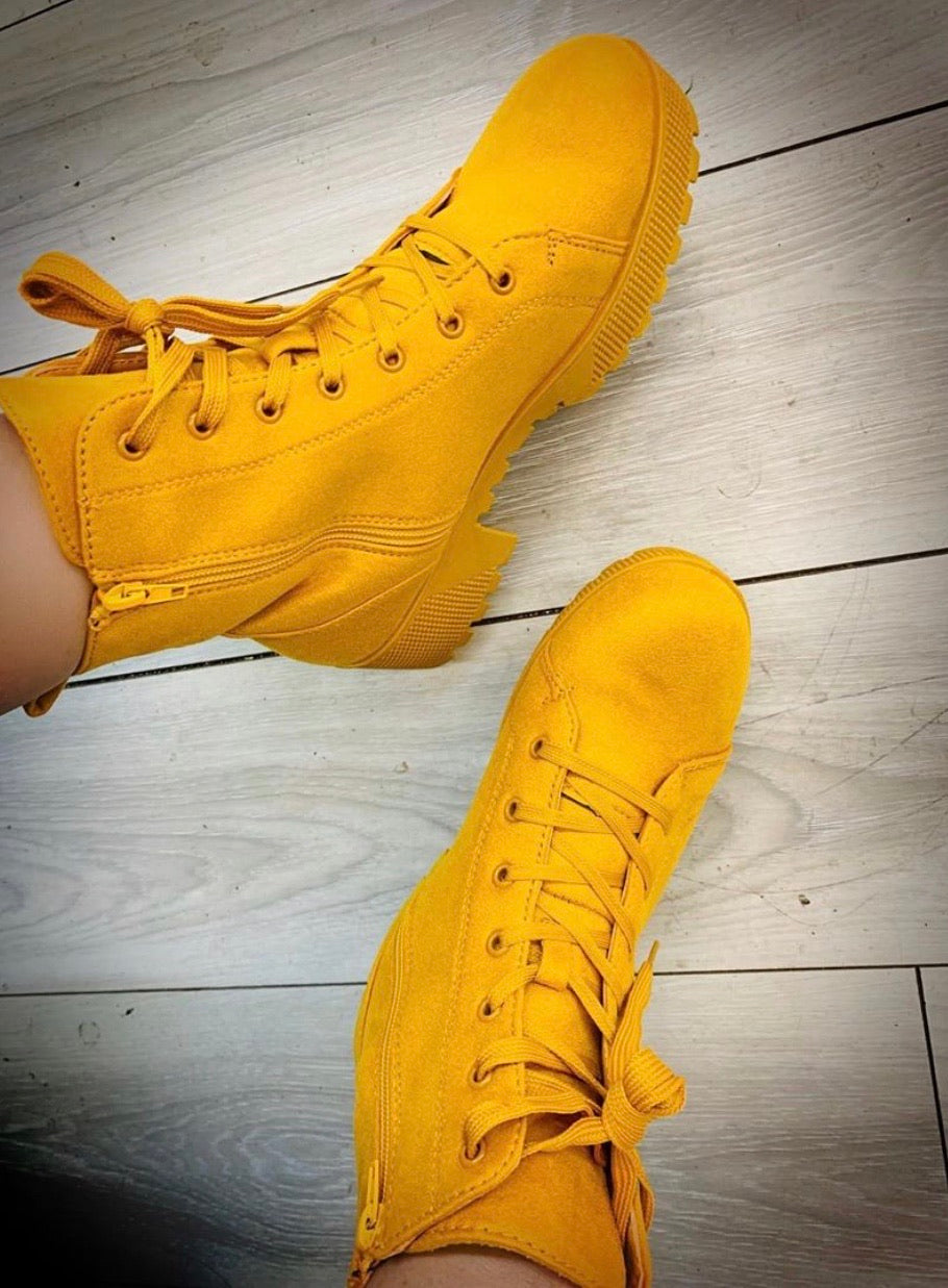 "Teddy Combat Boot ""Mustard"""