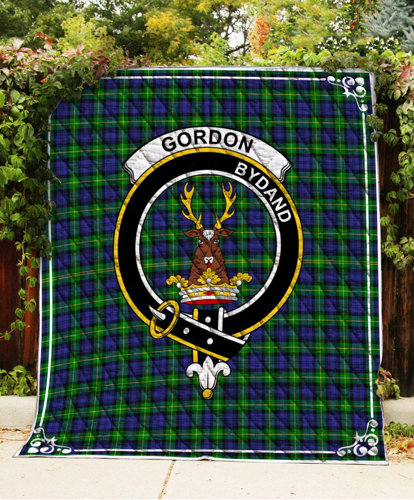 Gordon  Clan Badge Tartan Blanket