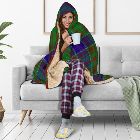 adam Tartan Hooded Blanket H01
