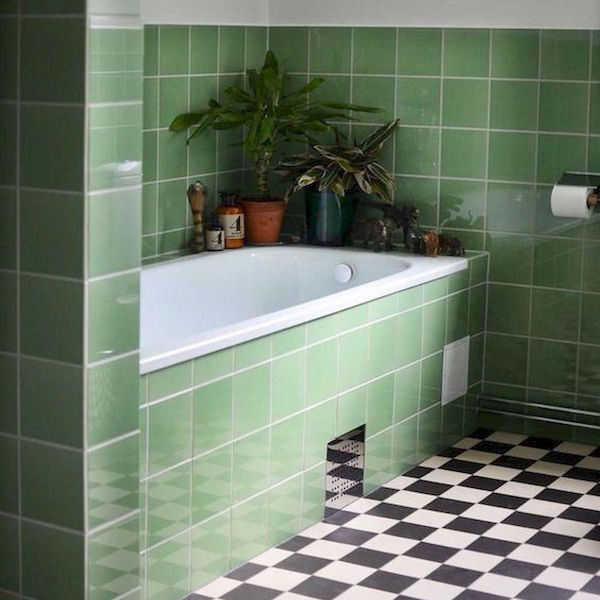 GREEN TILED BATHROOM | DYKE & DEAN