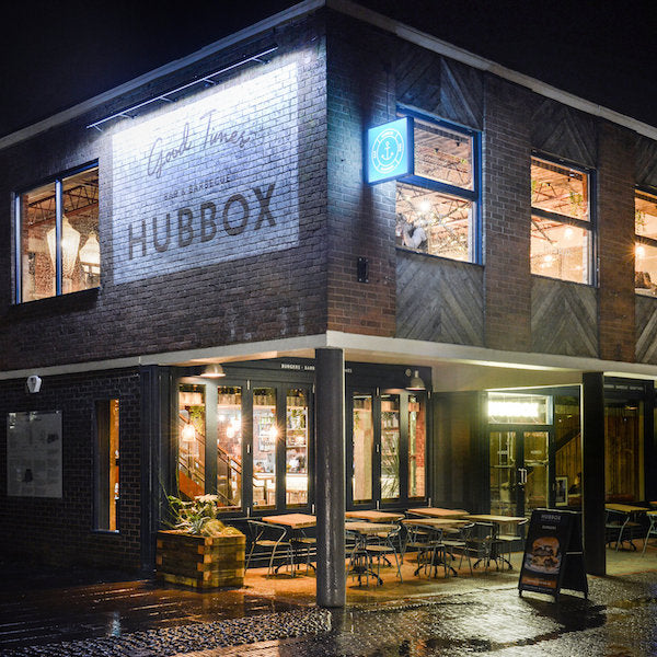 HUBBOX, EXETER | LIGHTING SUPPLY | INTERIOR BY SIMPLE SIMON DESIGN | PHOTOGRAPHY BY GREG MOSS