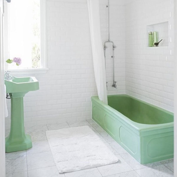 MINT GREEN FEATURES | DYKE & DEAN