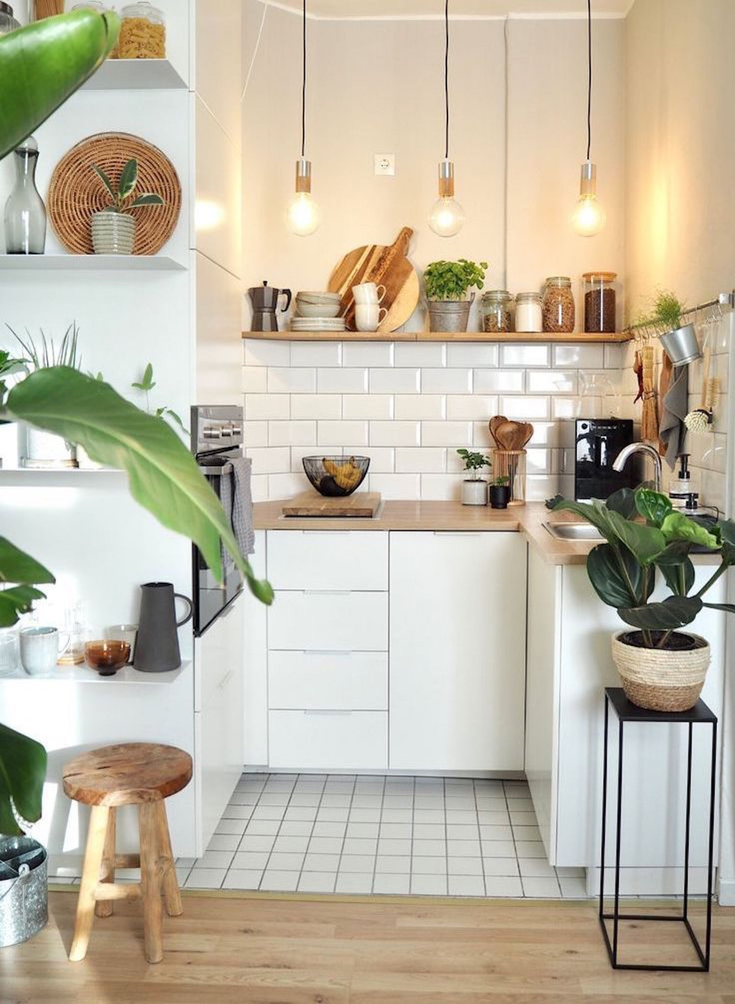 BRIGHT KITCHEN DESIGN | DYKE & DEAN