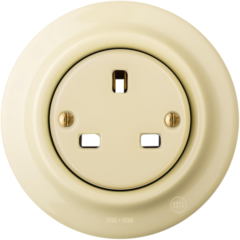 PORCELAIN WALL SOCKET VANILLA UK