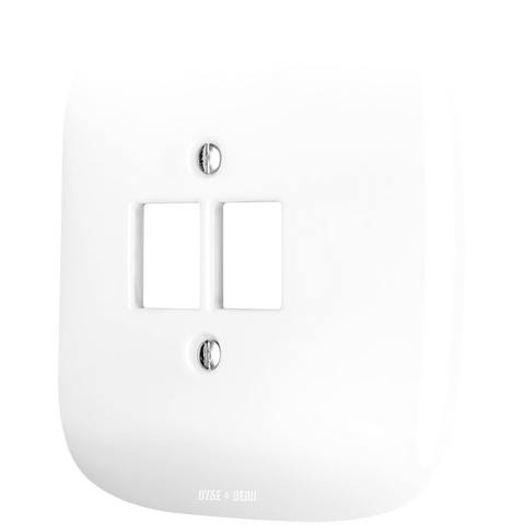 SQUARE PORCELAIN WALL SOCKET WHITE PC/USB