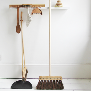DUSTING DETAIL BRUSH - UTILITY - DYKE & DEAN  - Homewares | Lighting | Modern Home Furnishings