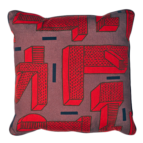"WH CUSHION ""IN THE GRASS"" RED/SQUARE"