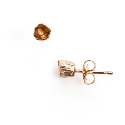 Gold single barnacle studs