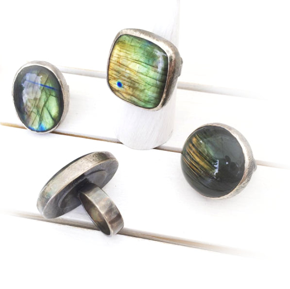 Labradorite Ring - Ellipse