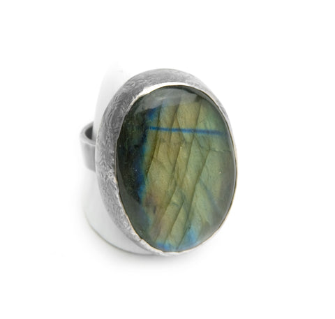 Labradorite Ring - Ellipse with Blue Stripe