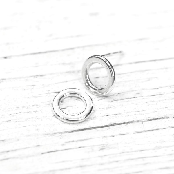 Simple Sterling Circle Post Earrings - Silver