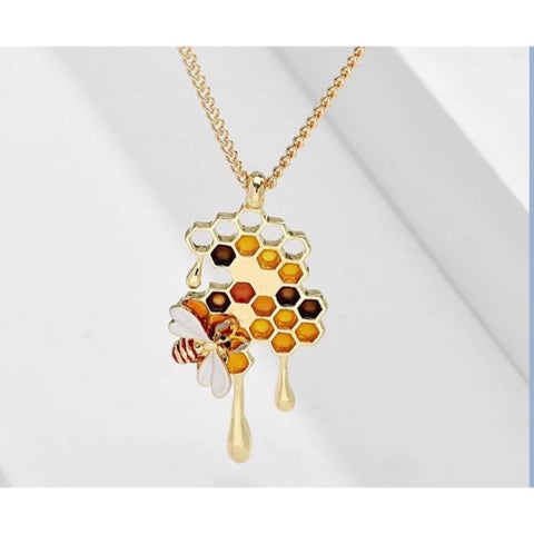 Dripping Honey Bee Necklace TH7
