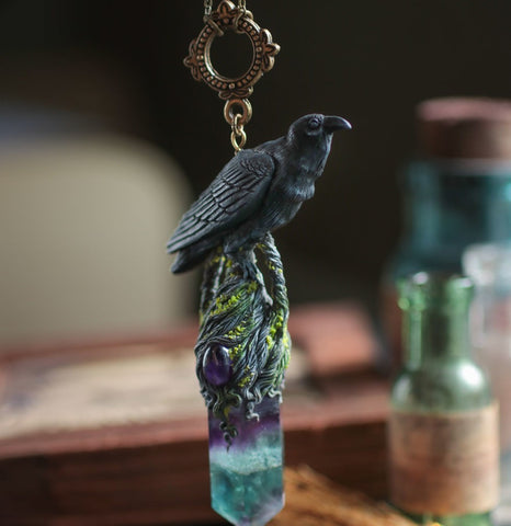 Gothic Raven Crystal Necklace TH7 - 1st Iceland