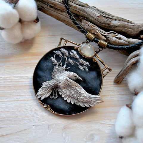 Dark Fantasy Crow Necklace TH7 - 1st Iceland