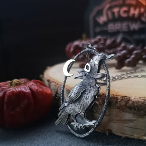 Crow The Wizard Necklace TH19 - 1st Iceland