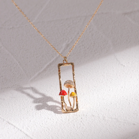 Rectangle Alluring Mushroom Necklace TH17