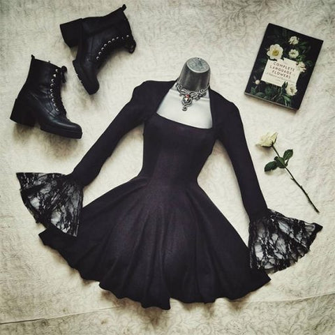 Aesthetic Lace Darkness Dress TH19