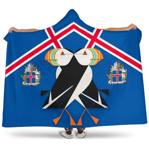 Image of 1stIceland Hooded Blanket, Icelandic Puffin Iceland Coat Of Arms K7 - 1st Iceland