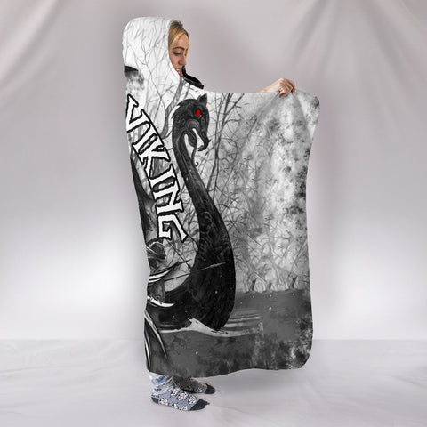 1stIceland Viking Hooded Blanket Raven And Drakkar | 1stIceland.com