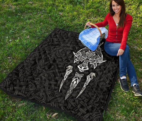 1stIceland Viking Premium Quilt, Fenrir The Vikings Wolves Th00 Black - 1st Iceland