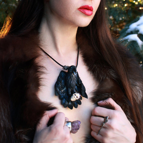 Black Raven Necklace TH19